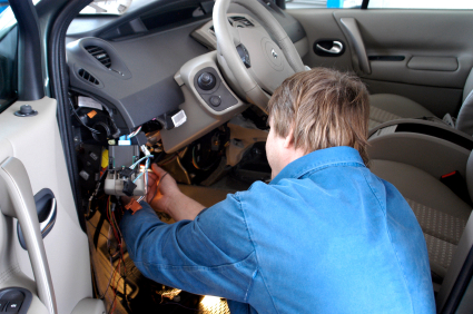 how to go from mechanic to auto electrician