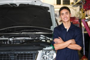Qualified Automotive Mechanic in Orange-CA Serving Anaheim-Tustin